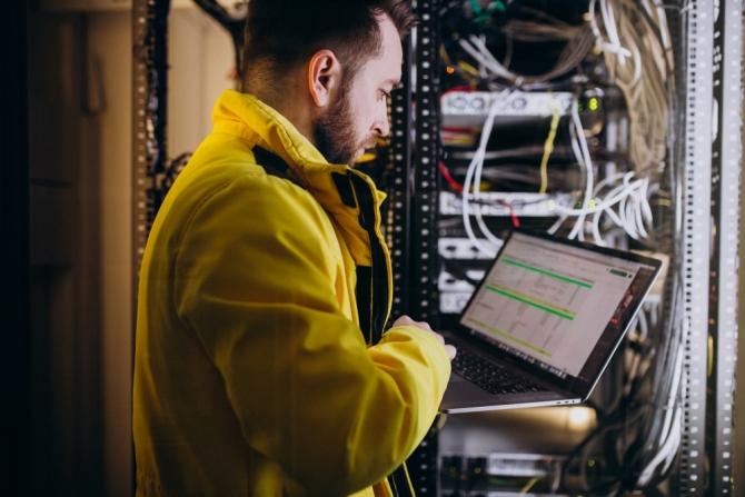 Oferta de empleo: personal técnico para Cyrasa Seguridad