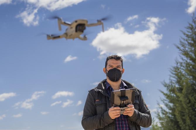 Cyrasa Seguridad protagoniza un reportaje sobre drones en La Tribuna de Cuenca