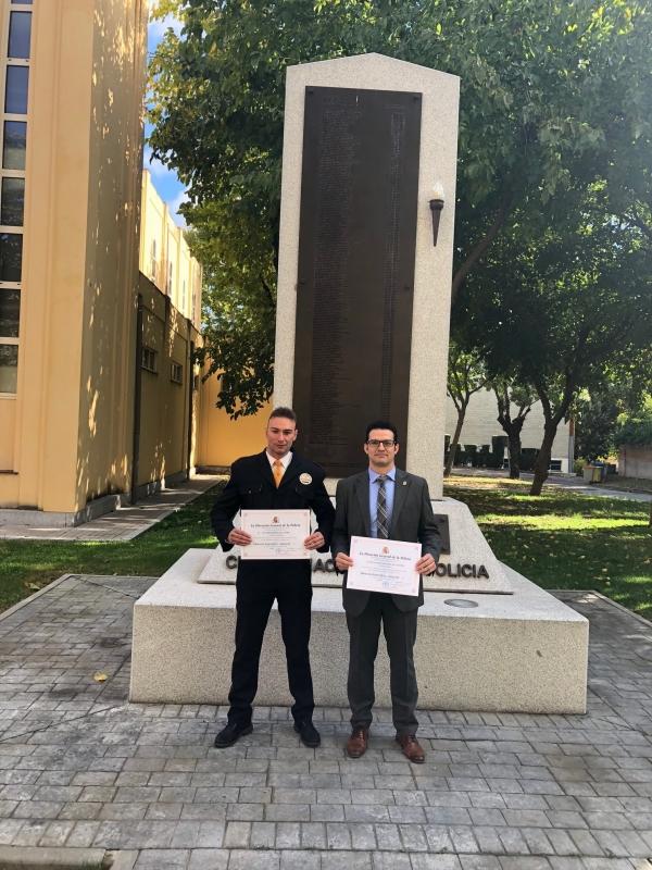 La Direcci�n General de Polic�a de Madrid premia el trabajo de Eduardo Torrijos de la Torre y Jos� Antonio Macharal de la Fuente